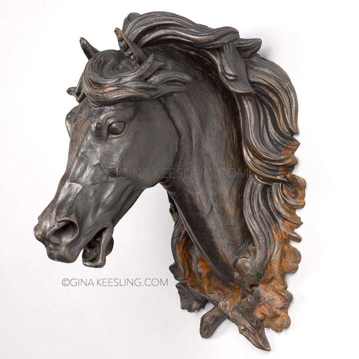 ©Old horse head left